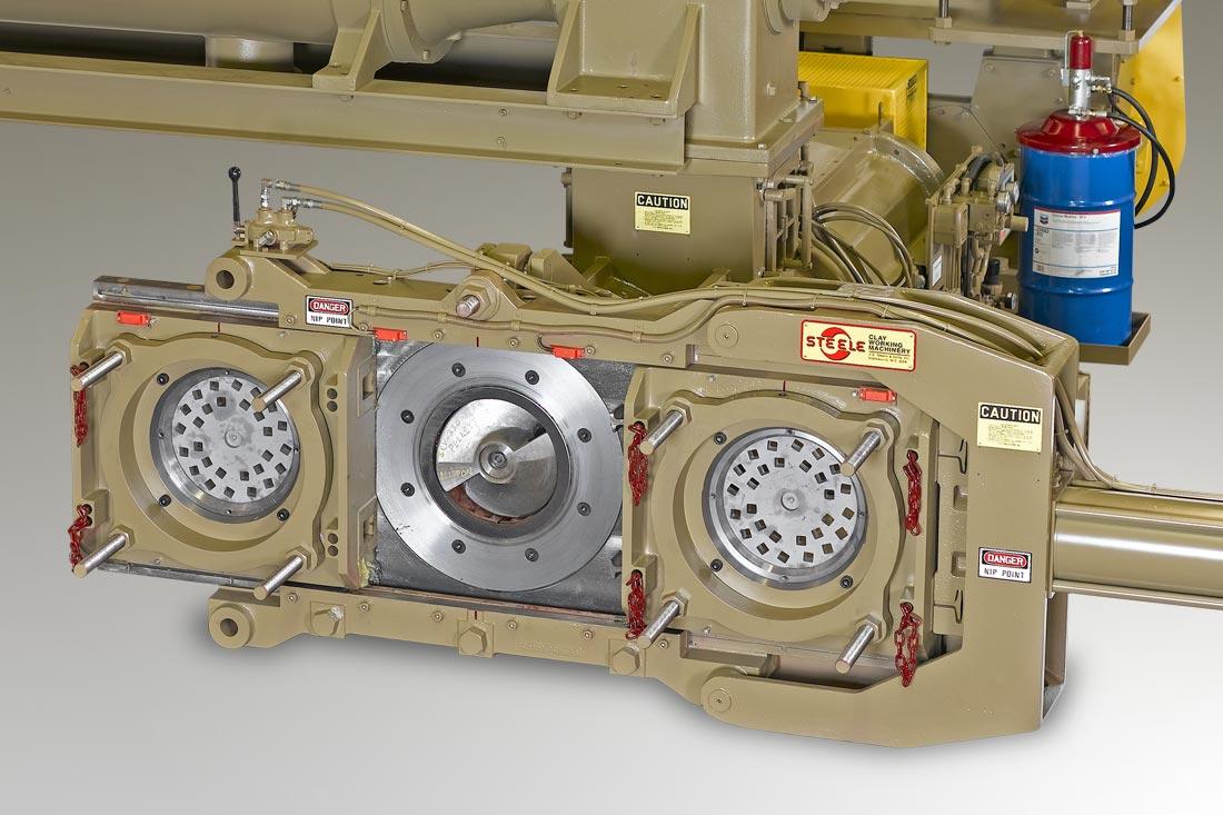 Steele hydraulic die changer